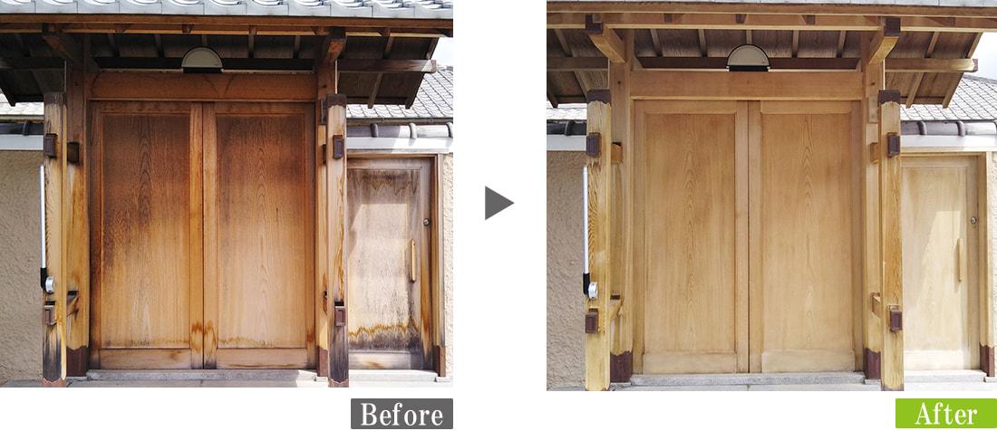 数寄屋門に発生したカビ(真菌)汚れ・日焼けを環境対応型特殊洗浄G-Eco工法で除去